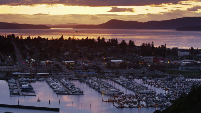 panning drone shot of anacortes, wa - anacortes stock videos & royalty-free footage