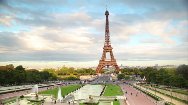 panning: eiffel tower - eiffel tower paris stock videos & royalty-free footage