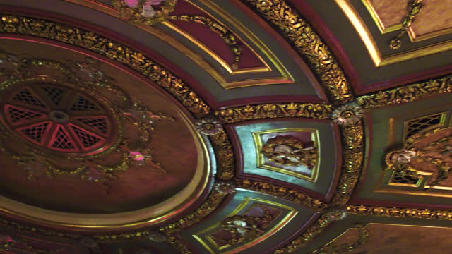 panning right on the elgin and winter garden theatres on may 27, 2017; in toronto, ontario, canada. the landmark is located in the downtown district... - landmark theatres stock videos & royalty-free footage