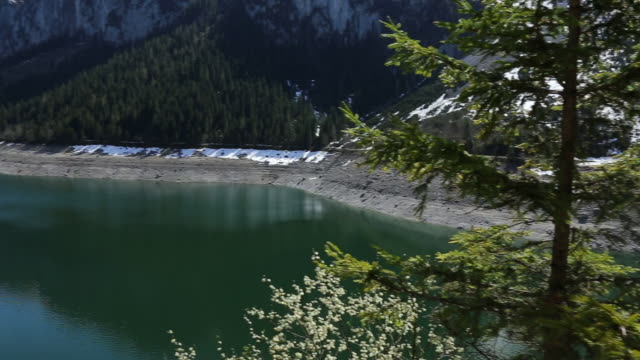 panning shoot: vorderer gosausee lake - dachstein mountains stock videos and b-roll footage