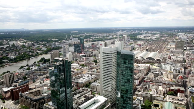 panning shot: aerial view of frankfurt cityscape - römerberg stock videos and b-roll footage