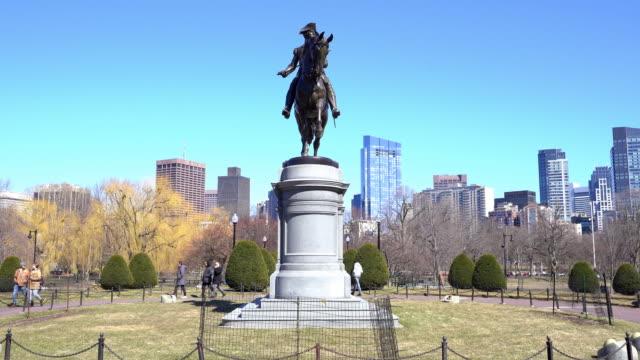 panning shot george washington statue at boston common park, ma usa. - back bay boston stock videos & royalty-free footage