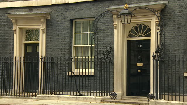 panning shot of 10 downing street - tilt down stock videos & royalty-free footage
