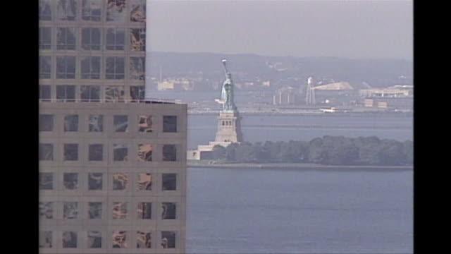 panning shot of lower manhattan of the destruction on 9/11. - world trade center manhattan video stock e b–roll