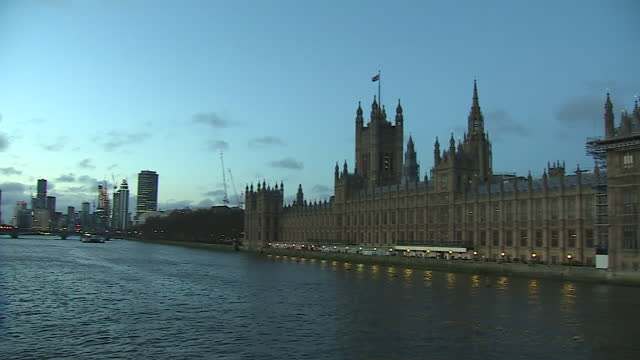 panning shot of the houses of parliament - fade in video transition stock videos & royalty-free footage