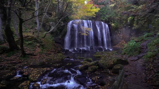 panning shot: tatsuzawafudo falls, fukushima, japan - satoyama scenery stock videos & royalty-free footage