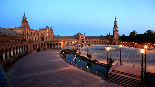 HD Panning: Spanish Square espana Plaza in Sevilla Spain night