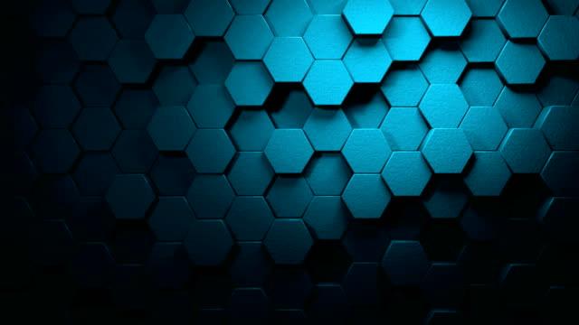 panning turquoise beautiful hexagons on surface morphing in seamless 4k abstract motion design hintergrund 3d animation für die konzepte von technologie, kommunikation, übergänge, party-soziale veranstaltungen, feierveranstaltungen, finanzen, daten, web - sechseck stock-videos und b-roll-filmmaterial