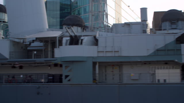 panning view of big ship in london, england. - gla building stock videos & royalty-free footage