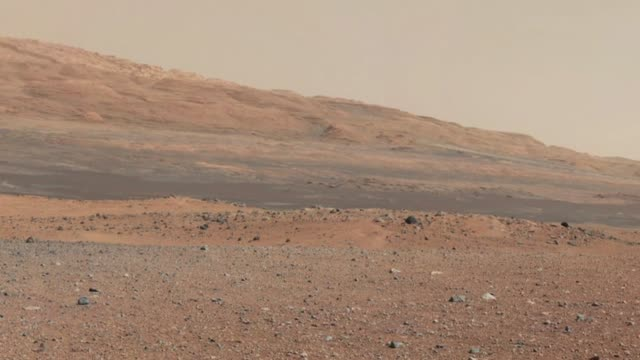 panorama view of the landing site of nasa's curiosity rover / shows the highest part of mount sharp. panoramic view of mars surface taken by... - surface level stock videos & royalty-free footage