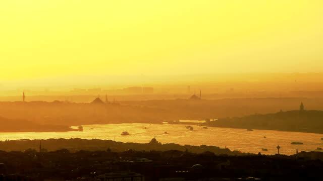 hd :パノラマに広がるイスタンブール****タイムラプス - イスタンブール 金角湾点の映像素材/bロール