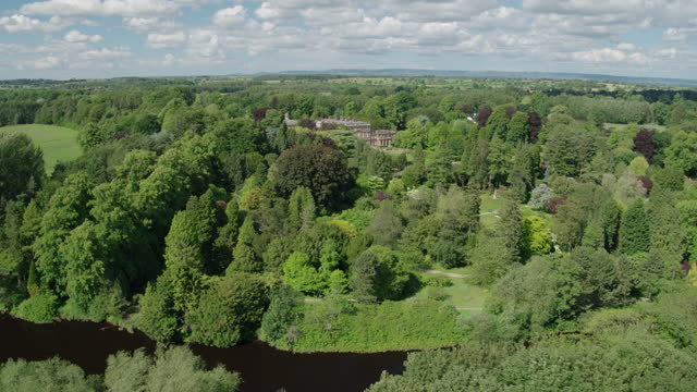 panoramic shot of the miniature railway train at newby hall - riverbank stock videos & royalty-free footage