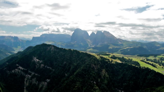 panoramic view from bullaccia of platkofel and ortisei - pjphoto69 stock videos & royalty-free footage