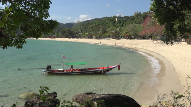 panoramic view of a bay with longtail boat - gulf of thailand stock videos & royalty-free footage