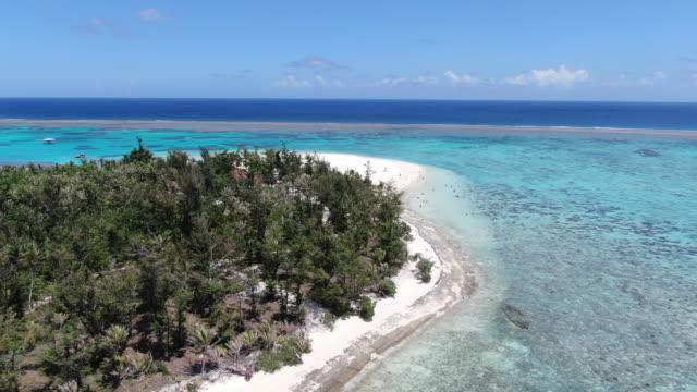 panoramic view of managaha island / saipan, northern mariana islands, usa - clear sky stock videos & royalty-free footage