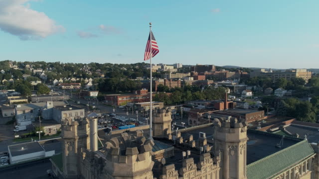 panoramic view of scranton at sunset. pennsylvania, usa. drone aerial video with the ascending camera motion. - appalachia stock videos & royalty-free footage