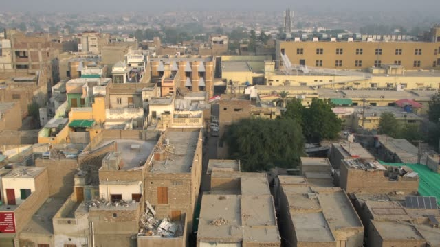 panoramic view of the town of sukkur from the the minaret of ali abuzar, the most conspicuous structure of sukkur town in pakistan - shi'ite islam stock videos & royalty-free footage