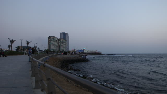 panright of jeddah corniche at dusk - red sea stock videos & royalty-free footage
