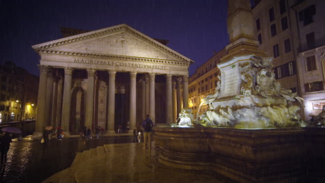pantheon and piazza della rotonda on a rainy evening - pantheon rome stock videos and b-roll footage