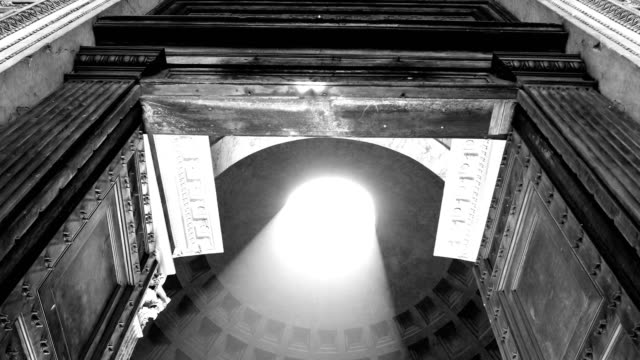 pantheon entrance looking up at dome and oculus, rome, italy - black and white stock videos & royalty-free footage