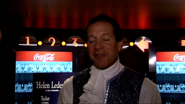 panto stars take part in photocall; steve guttenberg and laura hamilton interview sot - スティーヴ グッテンバーグ点の映像素材/bロール