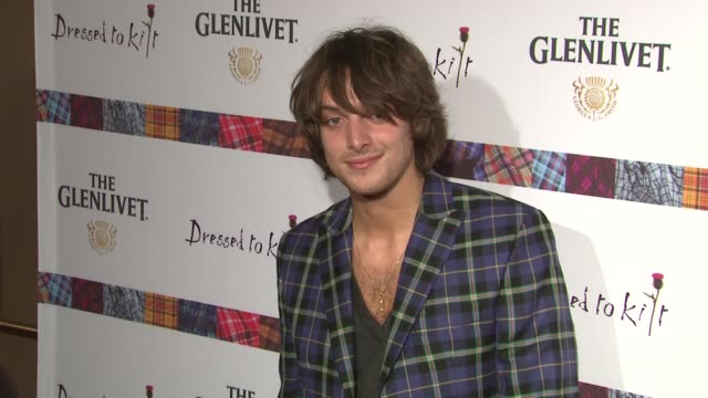 paolo nutini at the 9th annual dressed to kilt charity fashion show at new york ny. - kilt stock videos & royalty-free footage