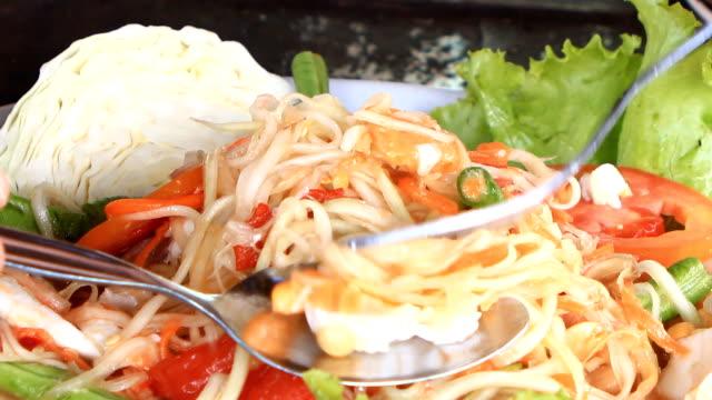 papaya salad - thai food stock videos & royalty-free footage