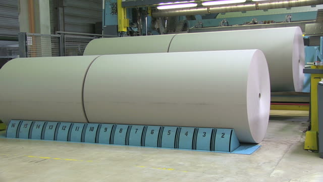ms paper production at paper mill / weener, lower saxony, germany - paper industry stock videos & royalty-free footage