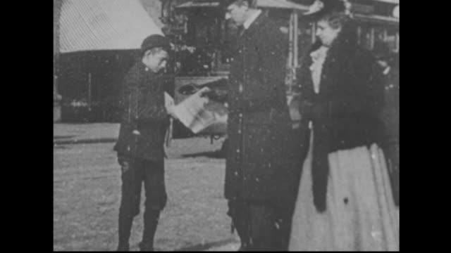 vídeos y material grabado en eventos de stock de paperboy on a new york street 1890s - estilo siglo xix