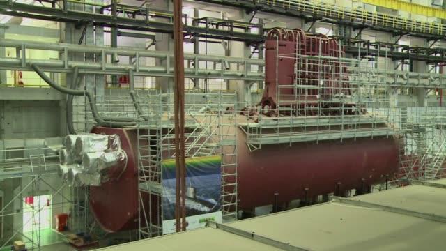 para proteger 8.500 km de costa y sus riquezas brasil avanza en la construccion de cinco submarinos uno de ellos de propulsion nuclear en... - azul bildbanksvideor och videomaterial från bakom kulisserna