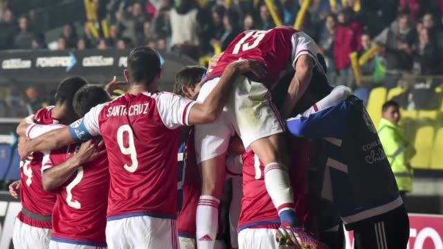 vídeos y material grabado en eventos de stock de paraguay avanzo a la semifinal de la copa america al eliminar a brasil en una tanda penales 4-3 que repitio la historia de hace cuatro anos en... - ronda de semifinales
