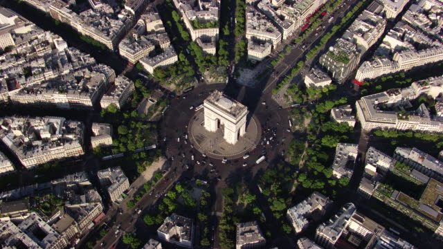 paris : arc de triomphe - triumphal arch stock videos & royalty-free footage