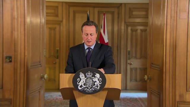 how safe is the uk?; downing street: number 10: int david cameron mp to podium david cameron mp statement sot - show greater ambition for mass... - 10 seconds or greater点の映像素材/bロール