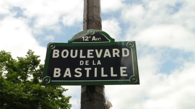 vídeos de stock, filmes e b-roll de paris bastille - bastille