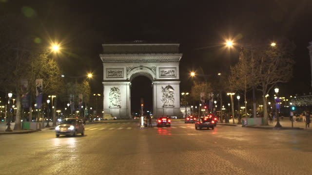Paris by night, triumphal arch, Champs Elysées