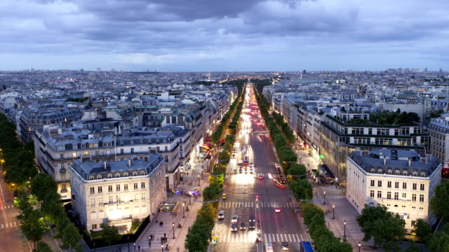 paris champs-élysées panorama time lapse - traffic time lapse stock videos & royalty-free footage