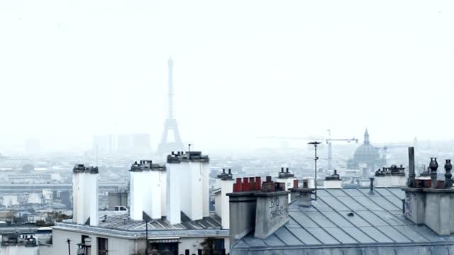 paris dancing couple - basilique du sacre coeur montmartre stock videos and b-roll footage