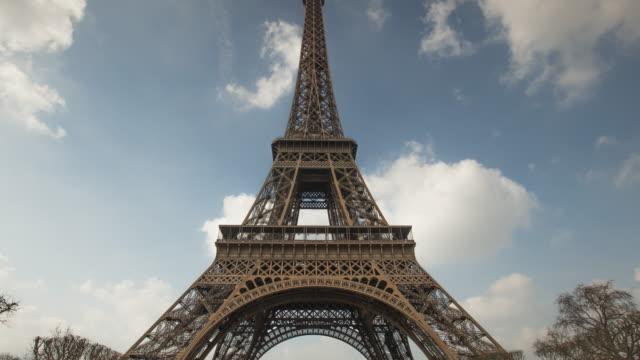 Paris - Eiffel Tower - TIME-LAPSE