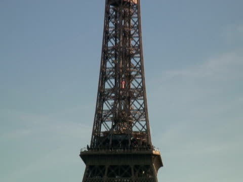 Paris: Eiffel Tower, verkleinern, große