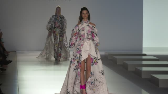 clean paris fashion week haute couture spring/summer 2020 ralph russo on january 20 2020 in paris france - week stock videos & royalty-free footage