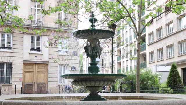 paris, fountain on a square - fountain stock videos & royalty-free footage