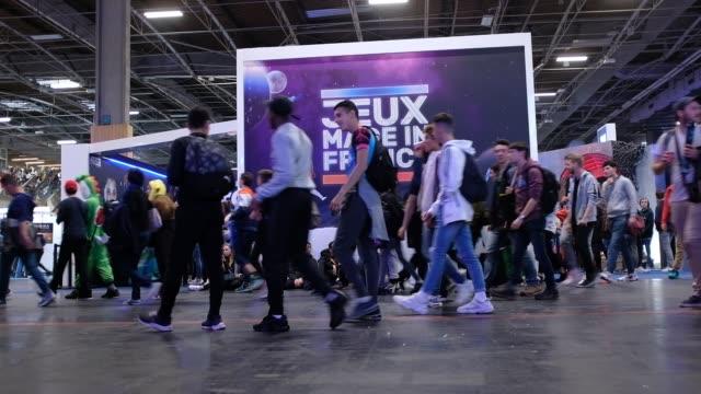 vidéos et rushes de paris games week 2019 the 10th edition of the paris games week show at the porte de versailles exhibition centre in paris on october 28 2019 in paris... - bruno levesque