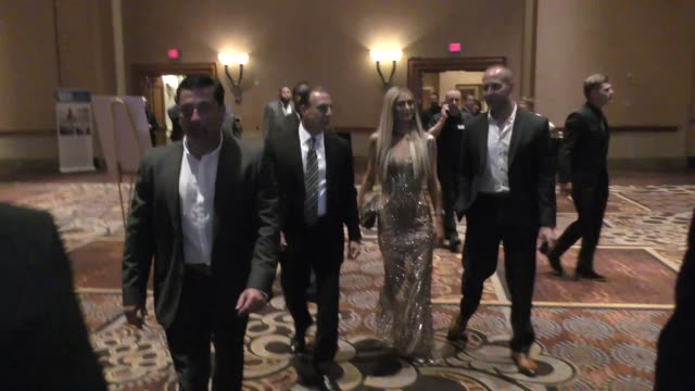 paris hilton and chris zylka at city of hope event in las vegas at celebrity sightings in las vegas on july 28, 2018 in las vegas, nevada. - las vegas hilton stock-videos und b-roll-filmmaterial