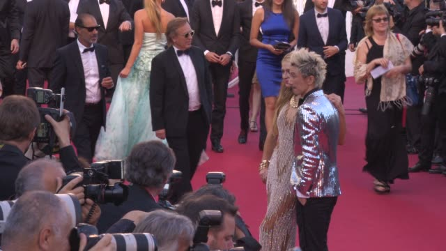 stockvideo's en b-roll-footage met paris hilton at 'inside out ' red carpet at palais des festivals on may 18, 2015 in cannes, france. - 2015