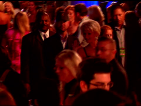 paris hilton at the 2007 mtv video music awards at the palms casino resort in las vegas, nevada on september 10, 2007. - las vegas hilton stock-videos und b-roll-filmmaterial