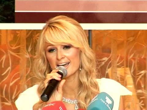 paris hilton is currently in lebanon where she's shooting an episode of the middle eastern version of her tv reality show 'paris hilton's my new bff'... - reality fernsehen stock-videos und b-roll-filmmaterial