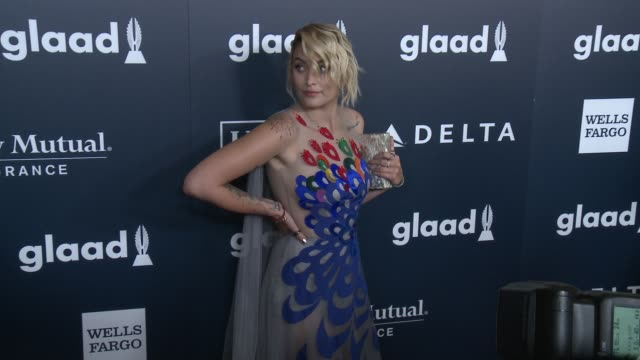 paris jackson at the 28th annual glaad media awards at the beverly hilton hotel on april 01, 2017 in beverly hills, california. - the beverly hilton hotel点の映像素材/bロール