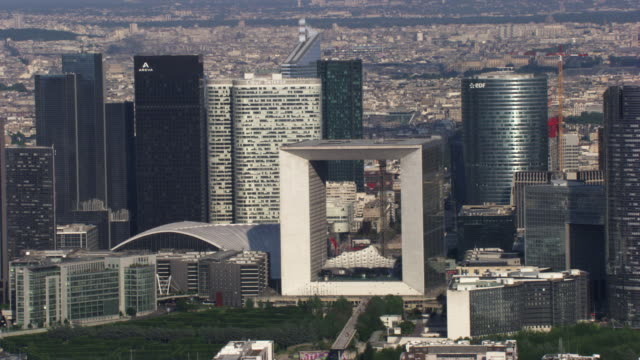 paris : la défense and arc de triomphe with the champs-elysées - triumphal arch stock videos & royalty-free footage