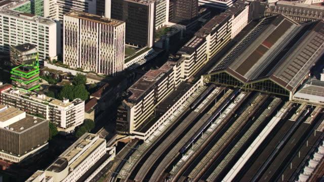 paris : lyon station - tgv点の映像素材/bロール
