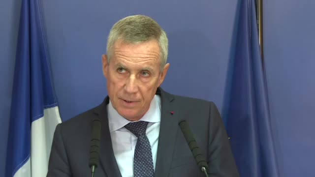 paris prosecutor francois molins confirmed on wednesday that the vehicle used in the cambrils attack had been in the paris region on august 11 and 12... - cambrils stock videos & royalty-free footage